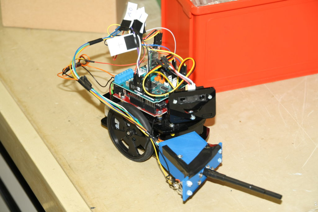 Spectrometer mounted to robot